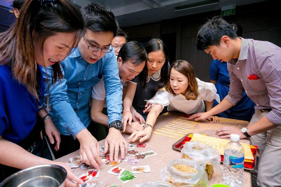 Problem Solving orientated Team Building Activity